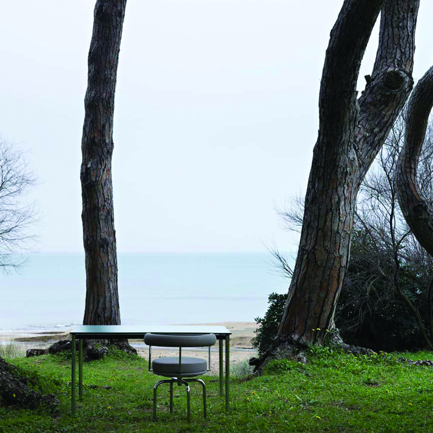 LC10 - P Outdoor Table by Cassina