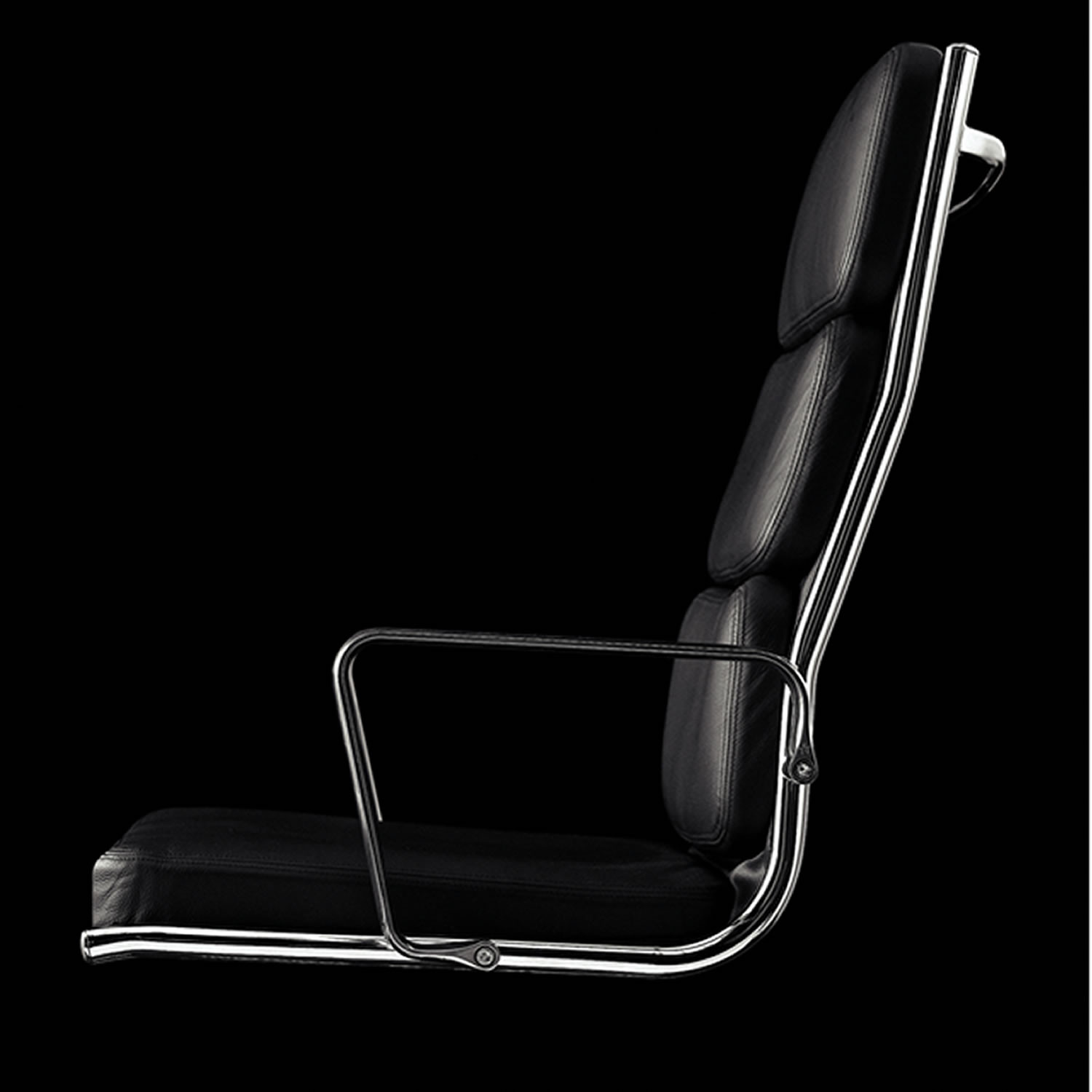 Light Executive Office Chair is upholstered in leather