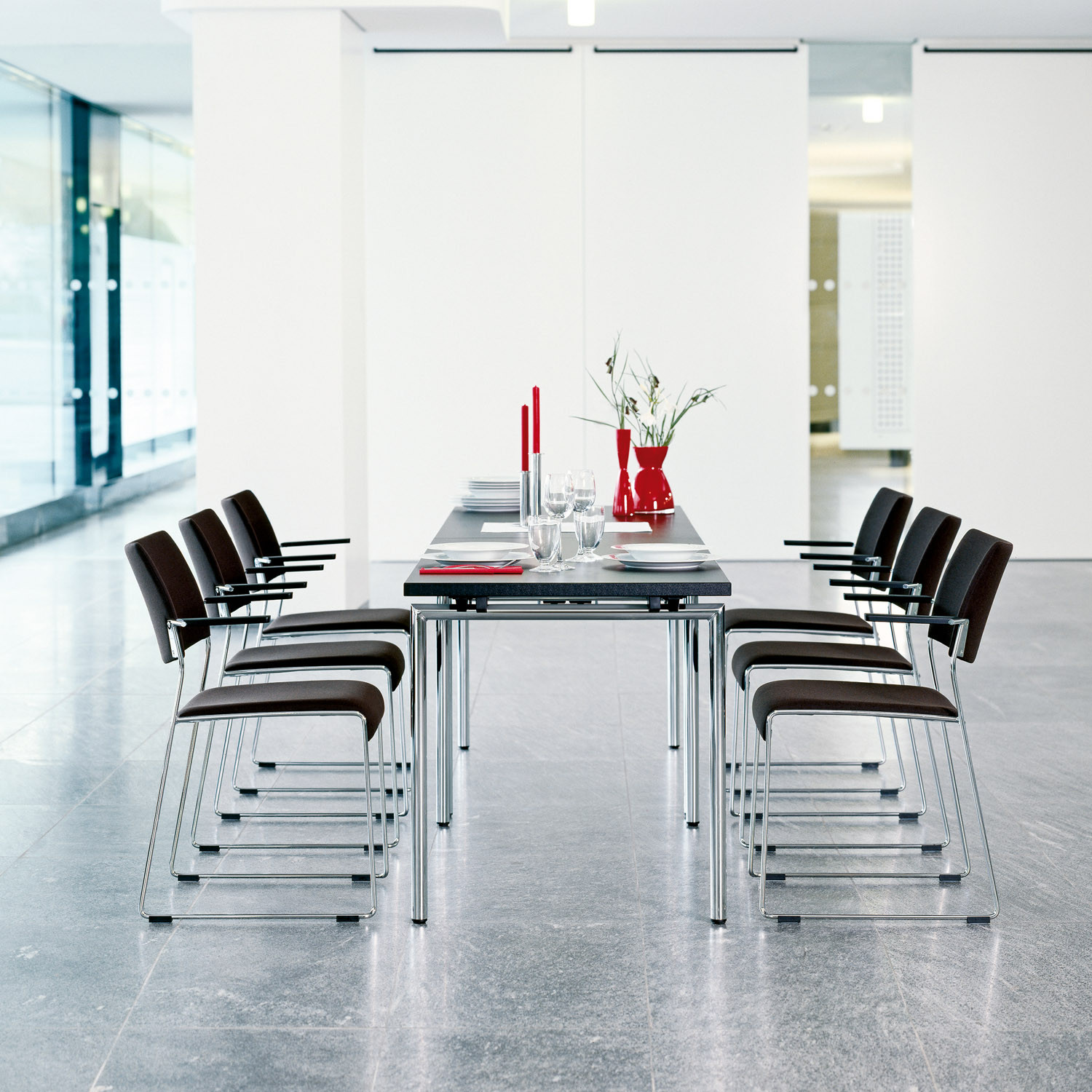 Linos Cafeteria Chairs with Armrests