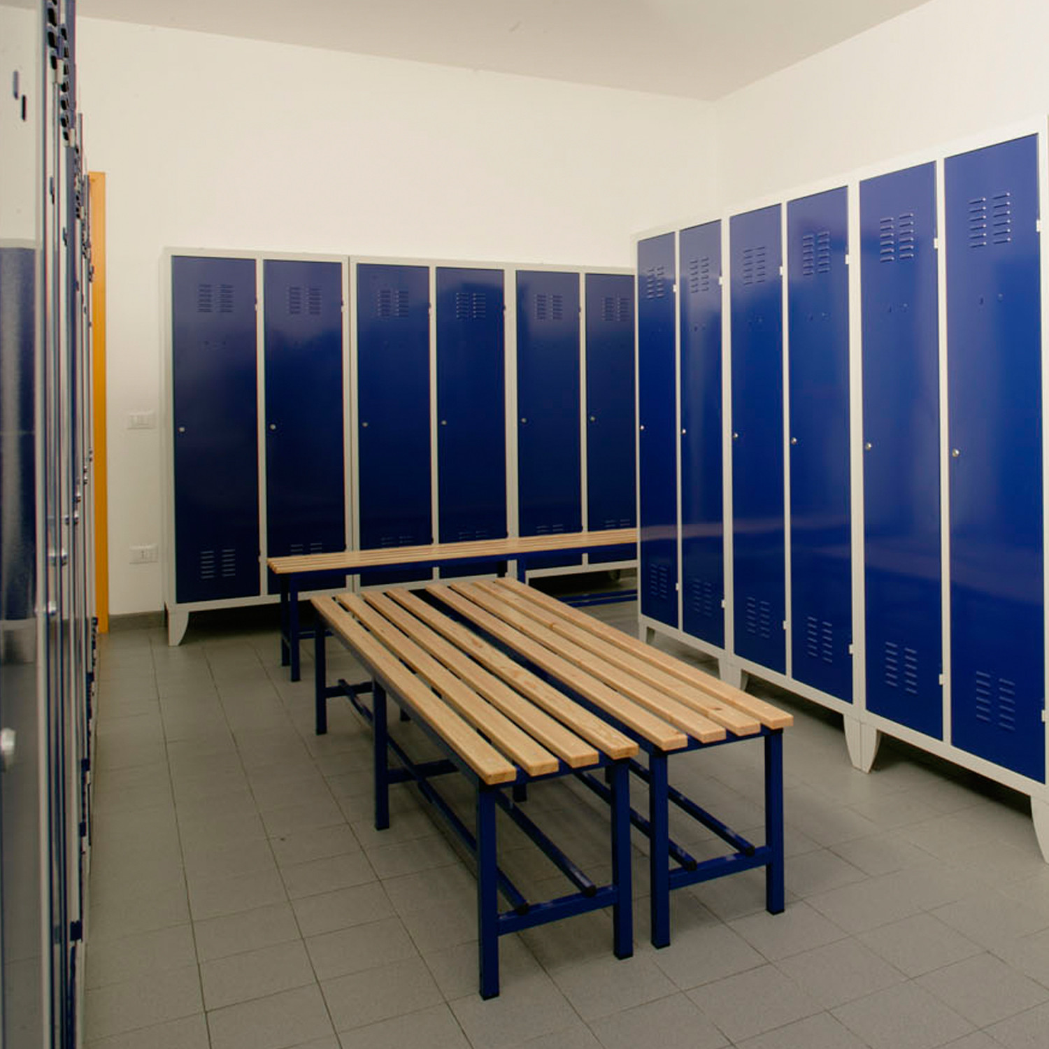 Lockerline Lockers are available in a wide range of colours