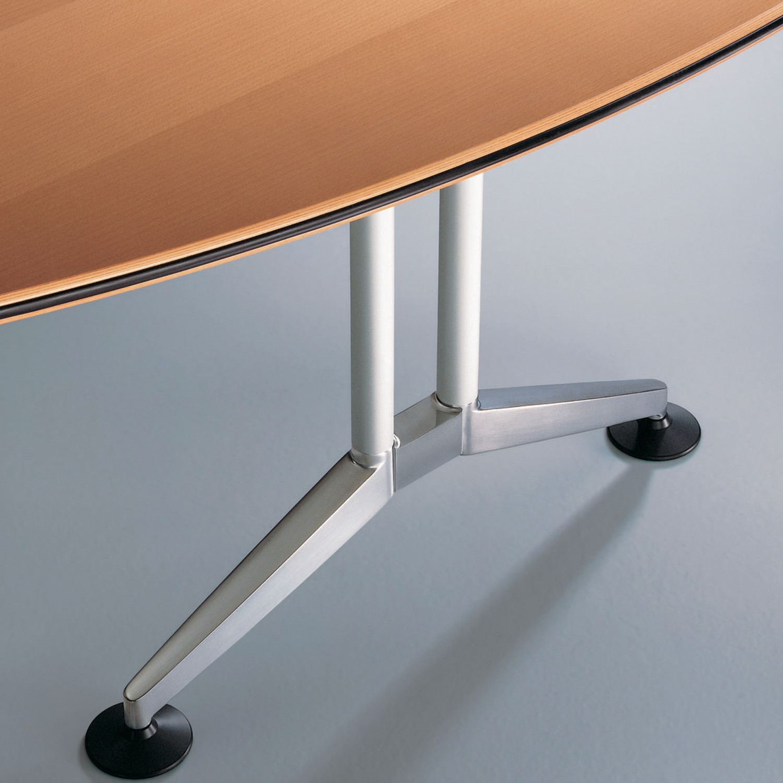 Logon Meeting Table feet detail
