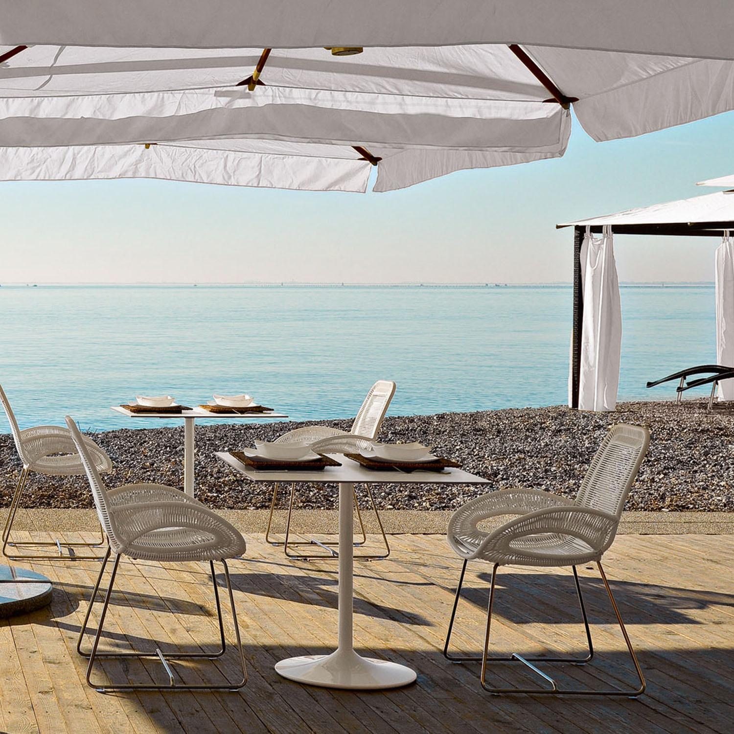 Loop Outdoor Seating