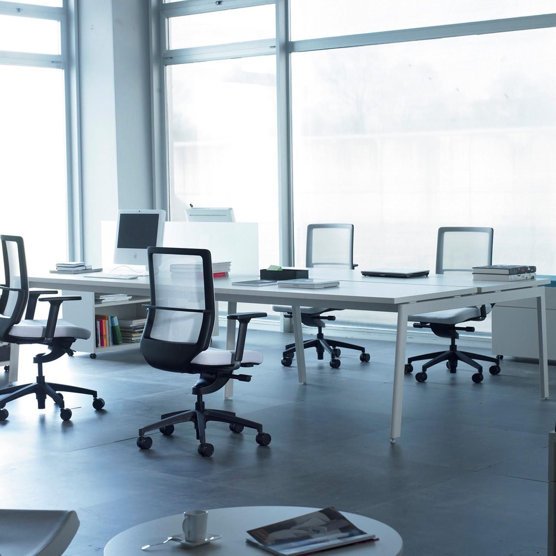 M10 Desks