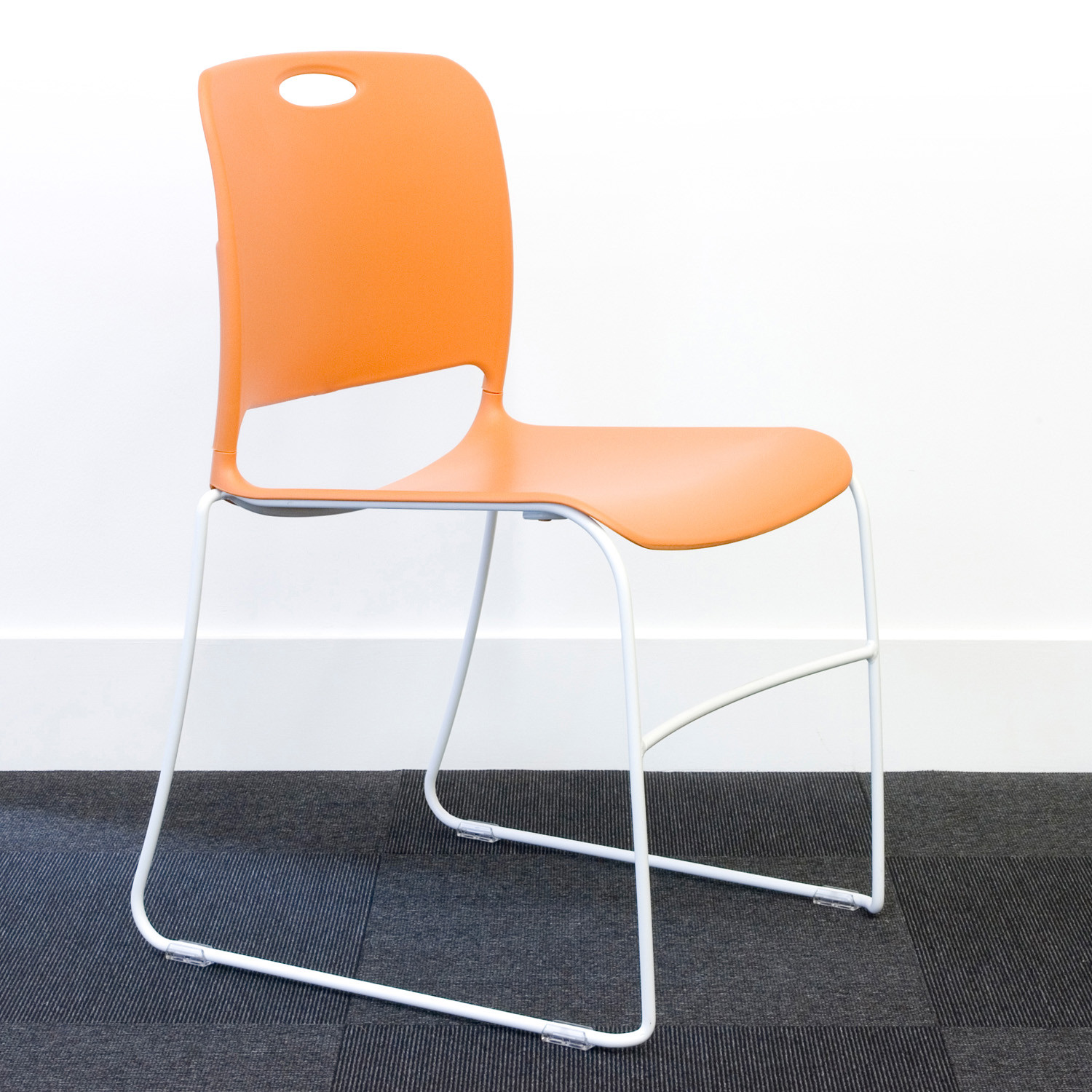 Maestro Cantilever Chair by KI
