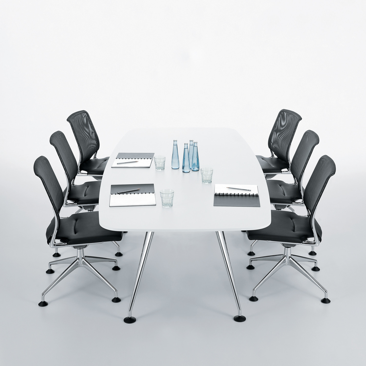 MedaMorph Meeting Table
