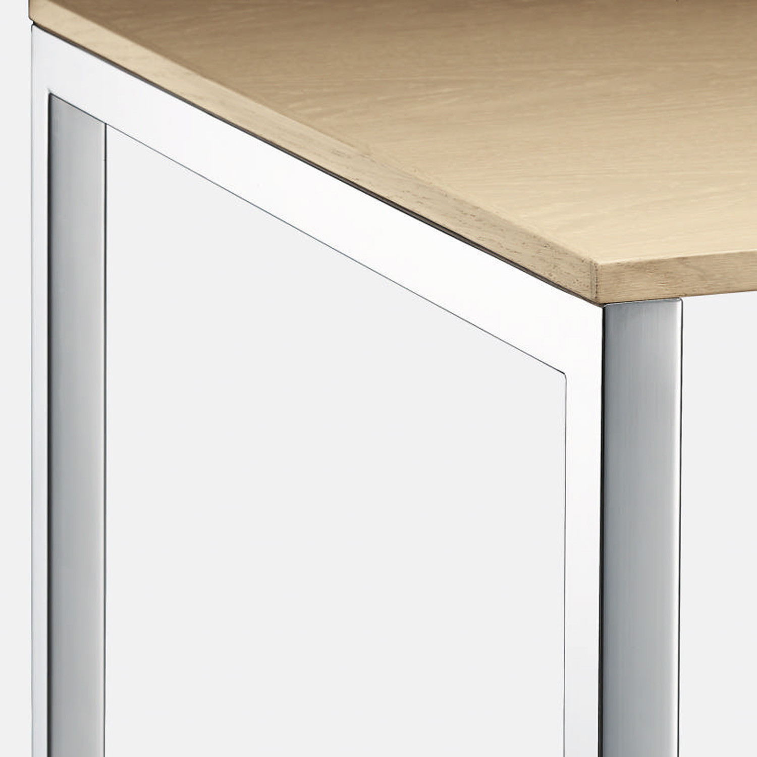 MilanoClassic Table has a square section steel frame