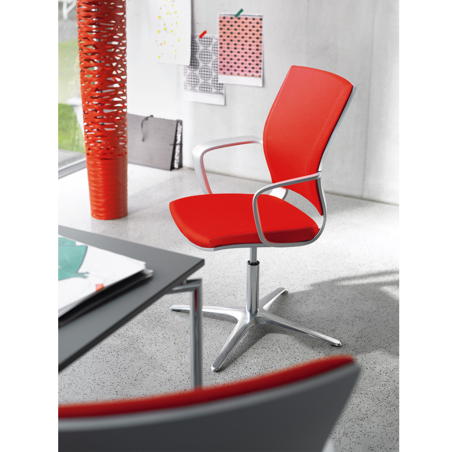 Moteo Office Seating by Klober