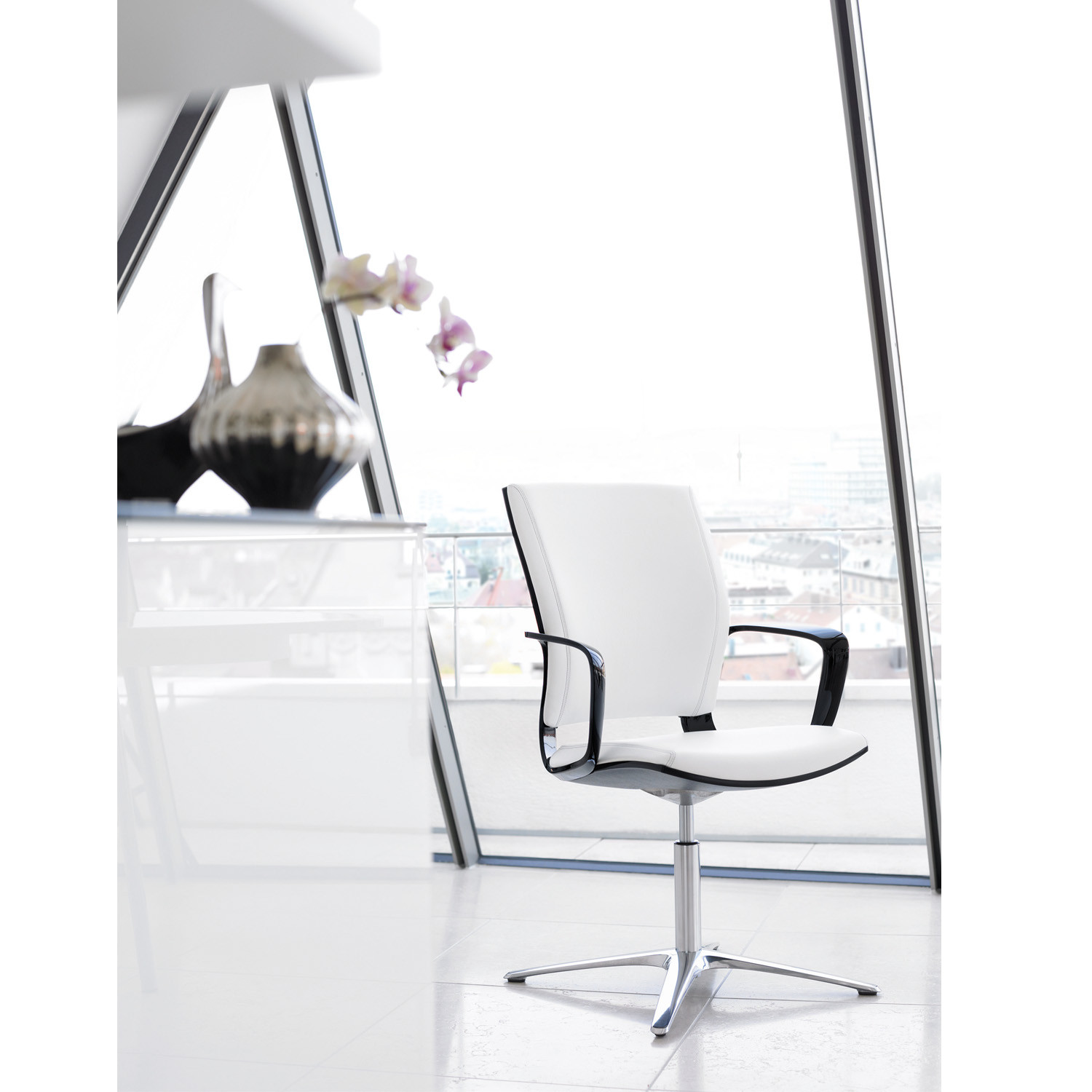 Moteo Visitor Swivel Chair