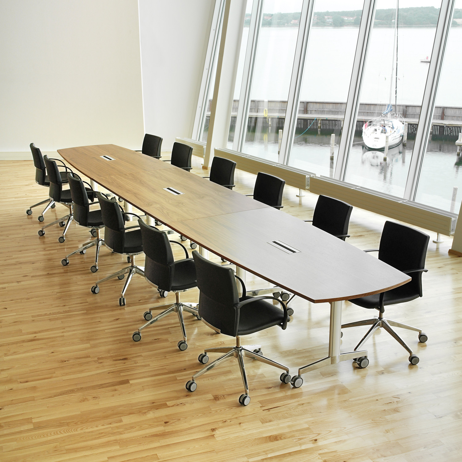 Moveo Training Tables by Howe