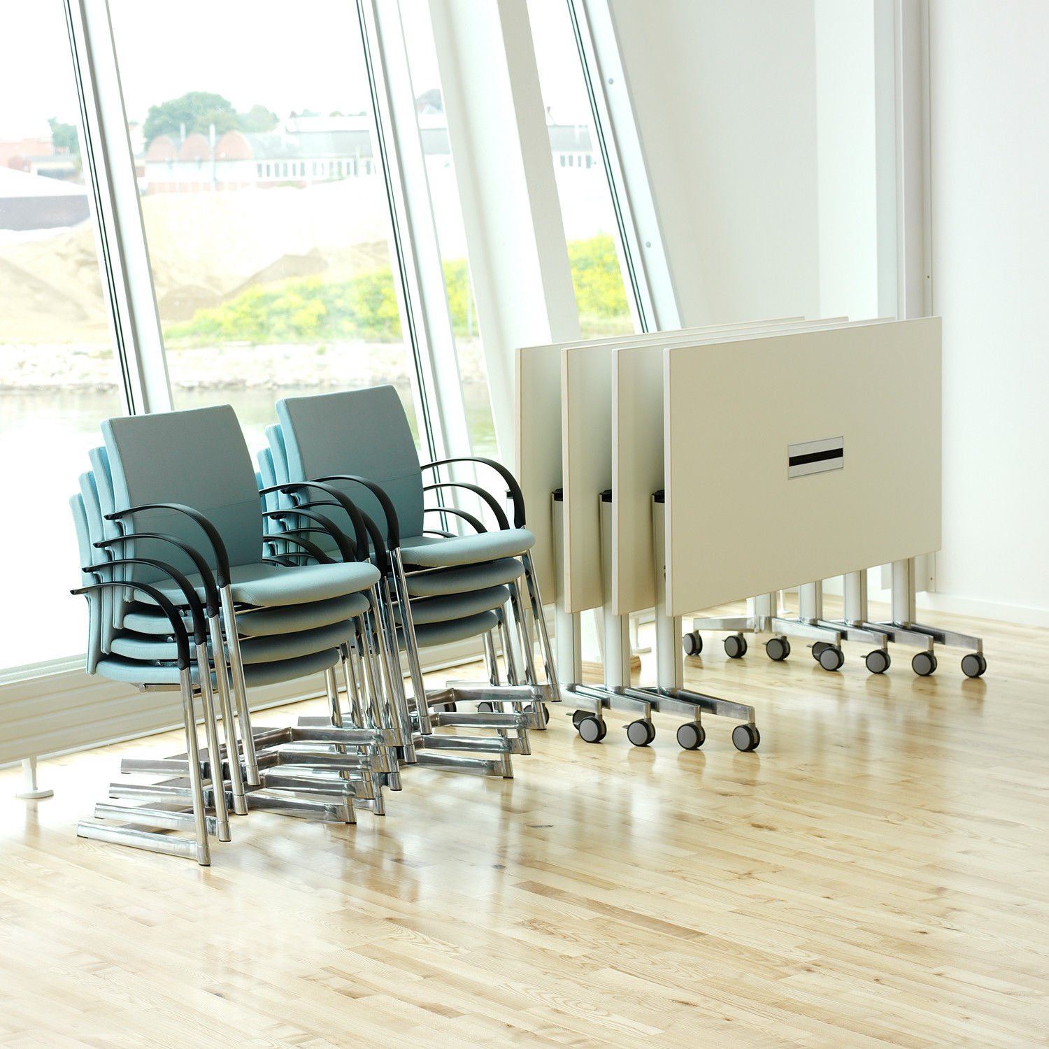 Moveo Folding Top Tables