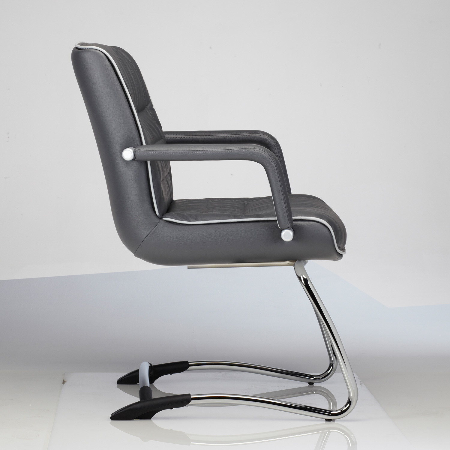 ... Mr Big Cantilever Armchair ...