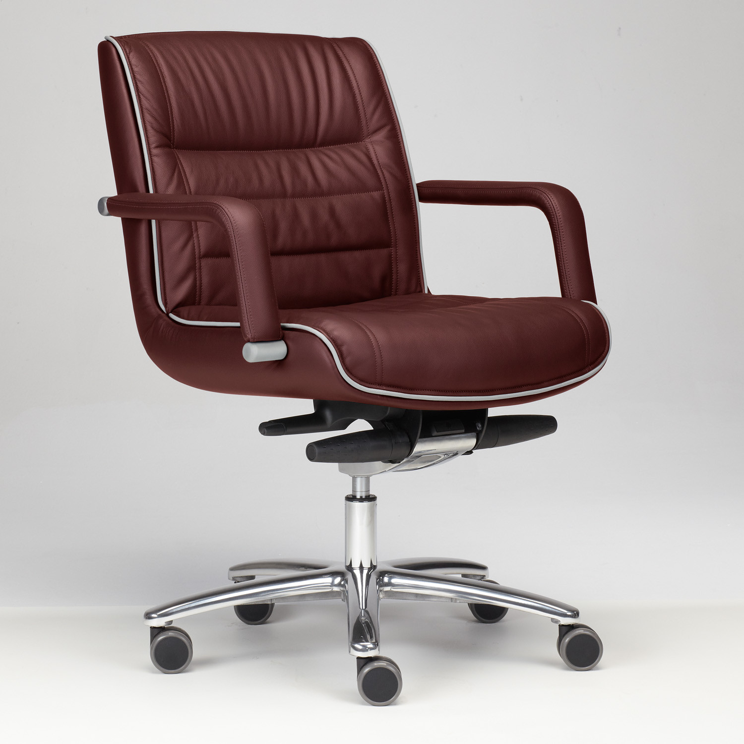 ... Mr Big Conference Chair ...
