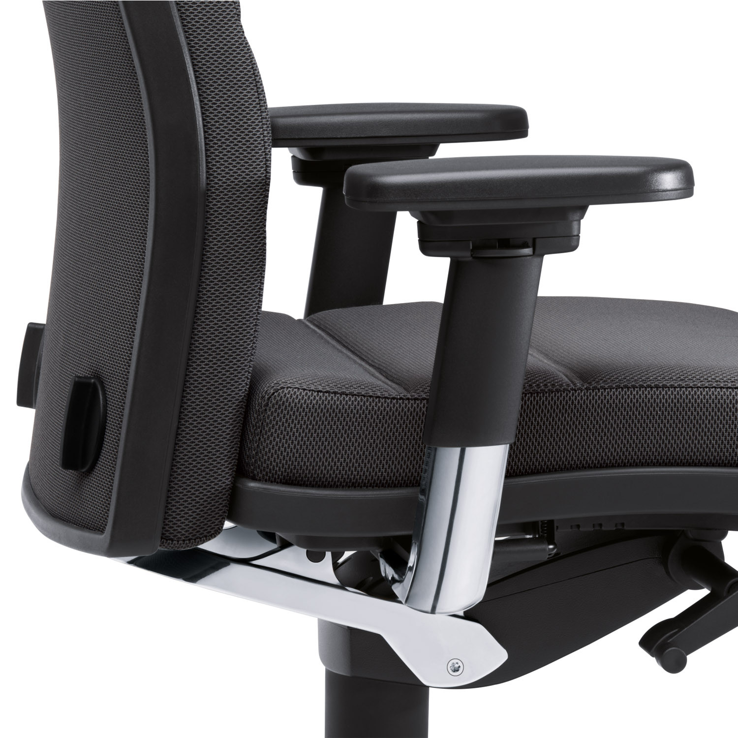 Mr. 24 Executive Seating with Adjustable Armrests
