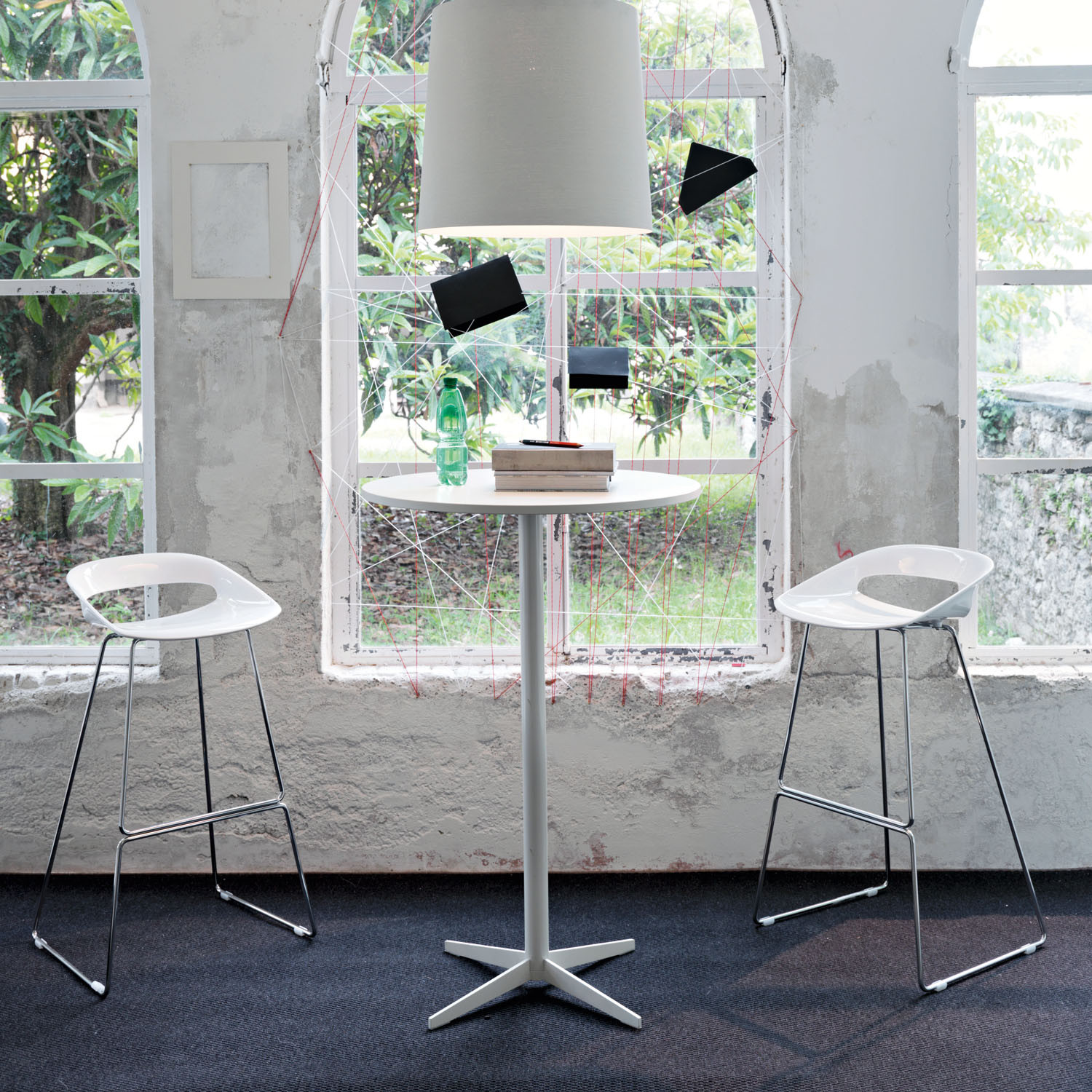Sinetica MultiTask Bar Height Table