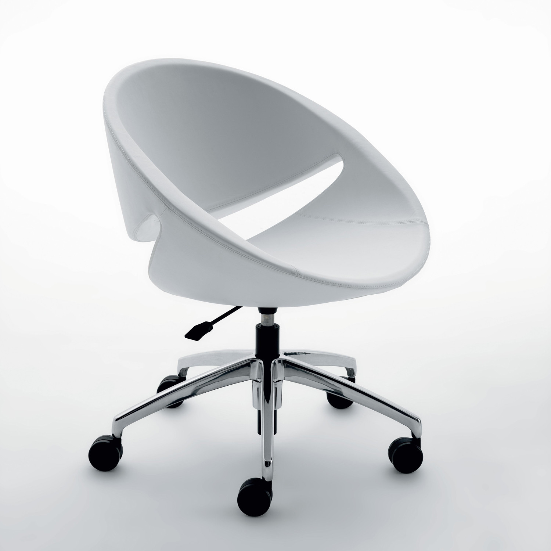 Mya Chair 5-Star Swivel base with castors