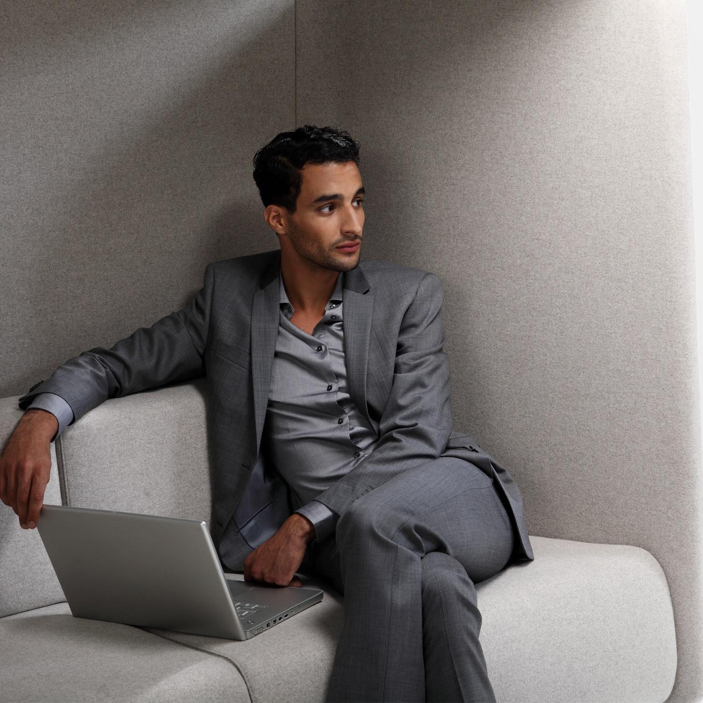 Niche High Back Sofa for Agile Working