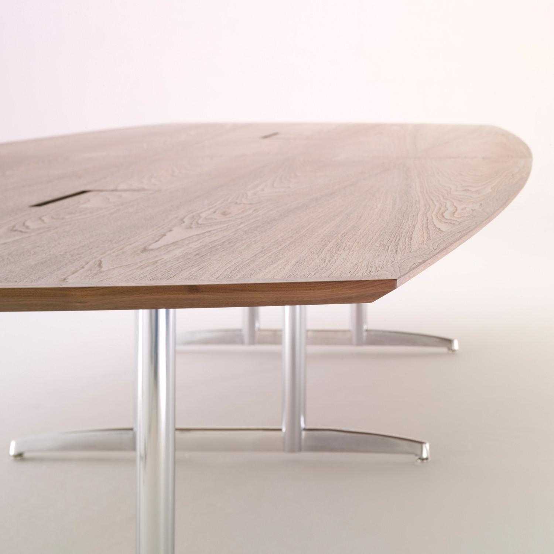 Nimbus Table
