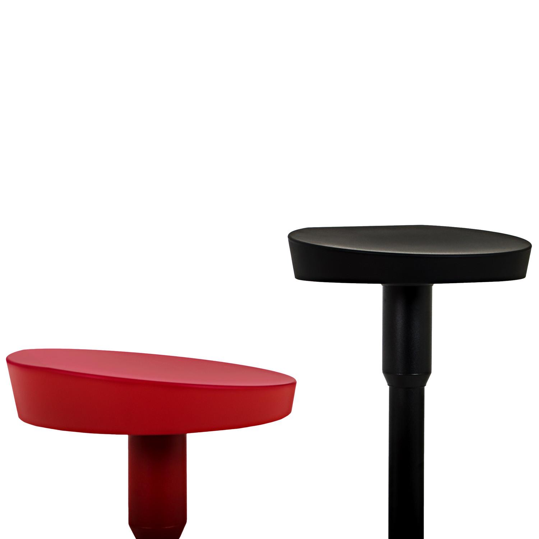 Nudo Barstool Seat Detail
