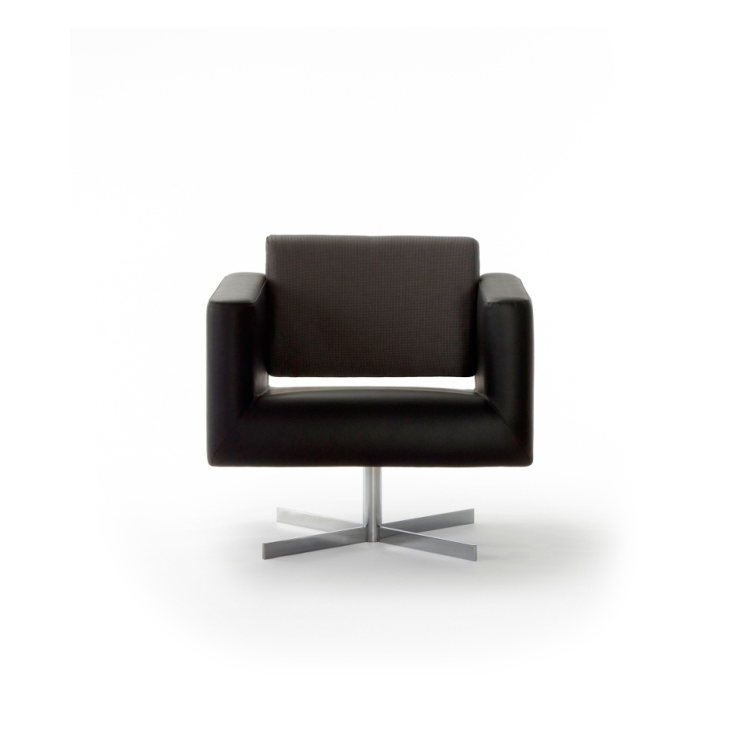 Orbis Armchair with 4-Star Base by Connection
