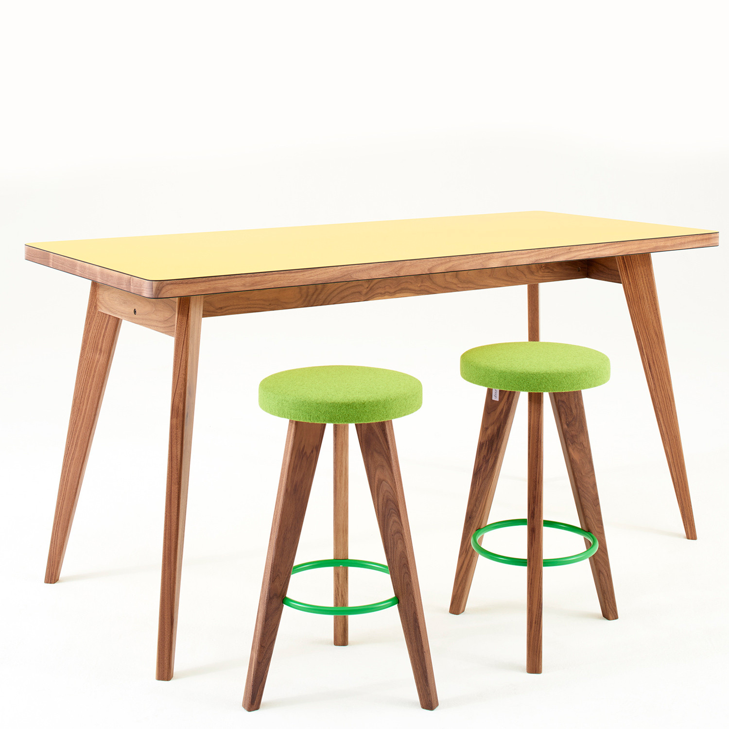 Osprey High Bar Table
