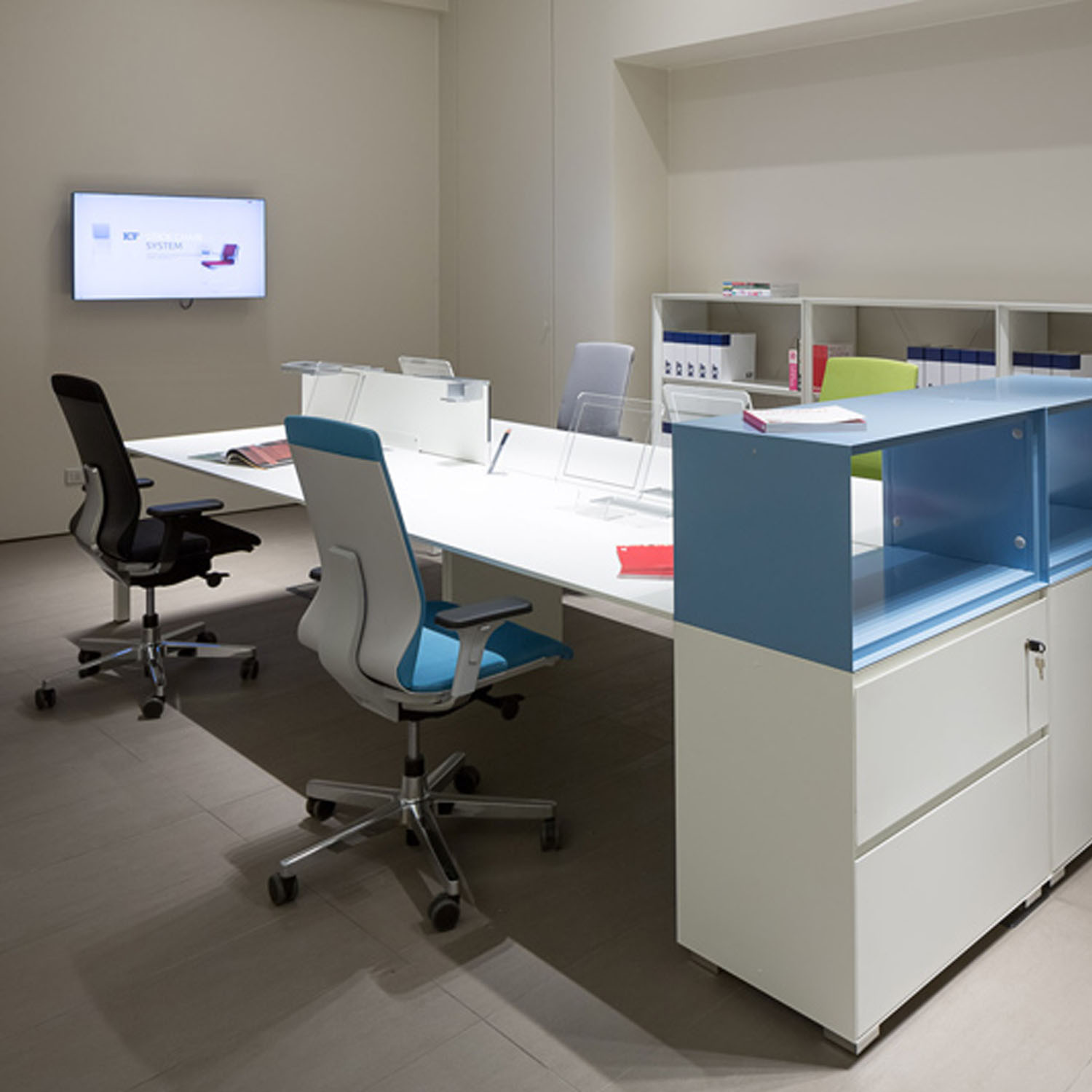P50 Task Office Bench Desking
