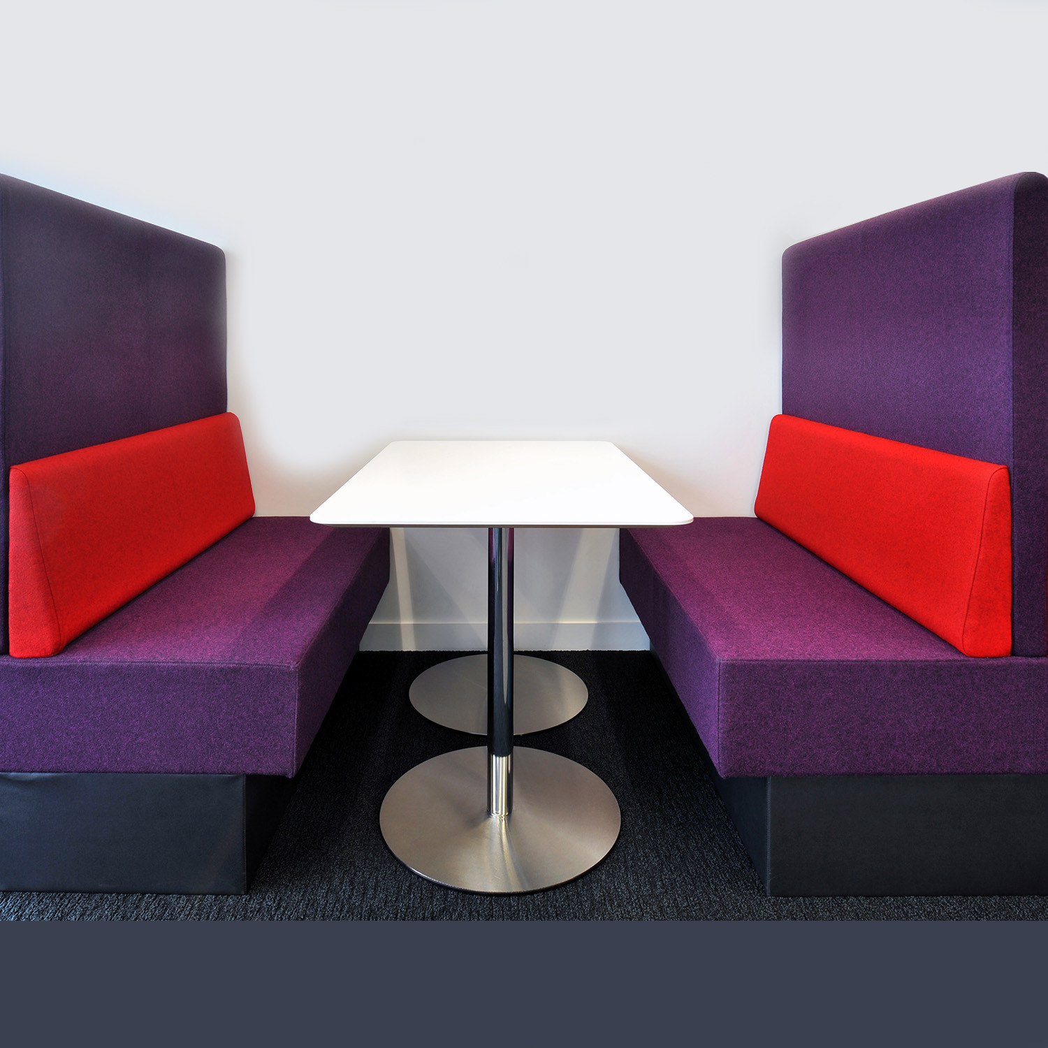 Banquette Seating Uk: Perimeter Banquette Seating
