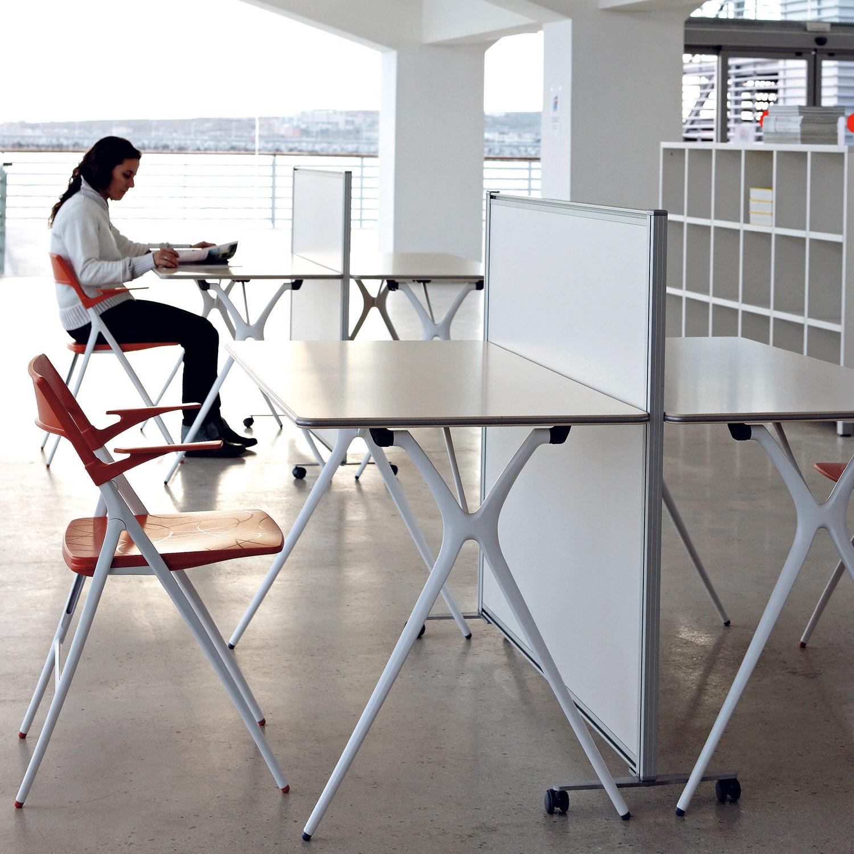 Plek Folding Tables