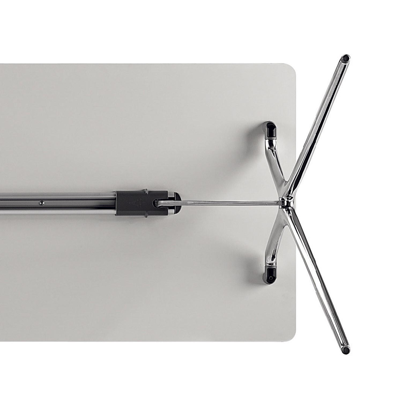 Plek Table Leg Detail