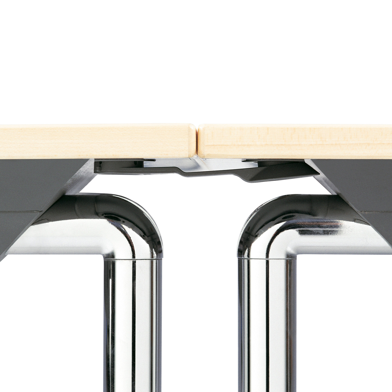 Howe Plico Tables linked