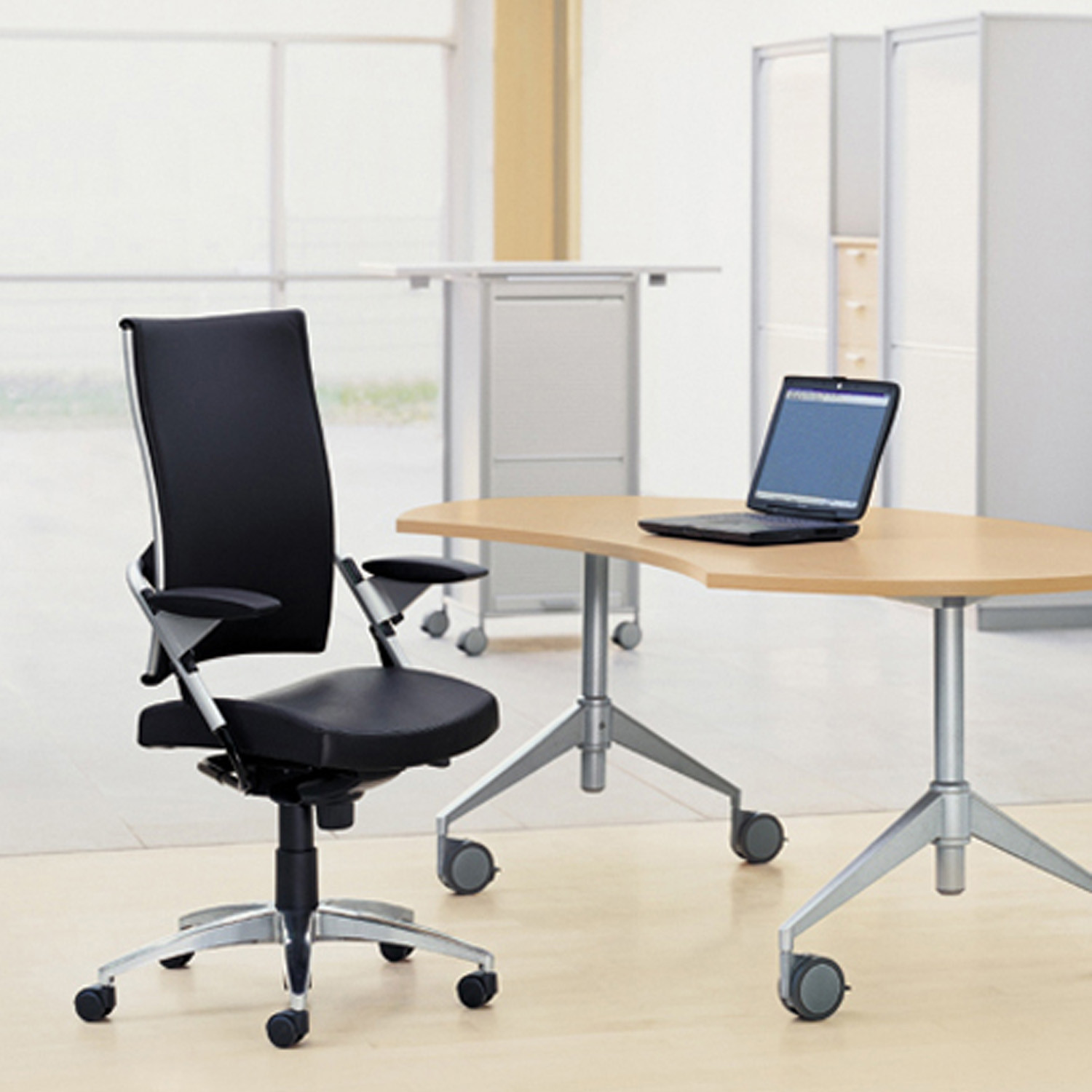 Point Task Chair from Wiesner Hager