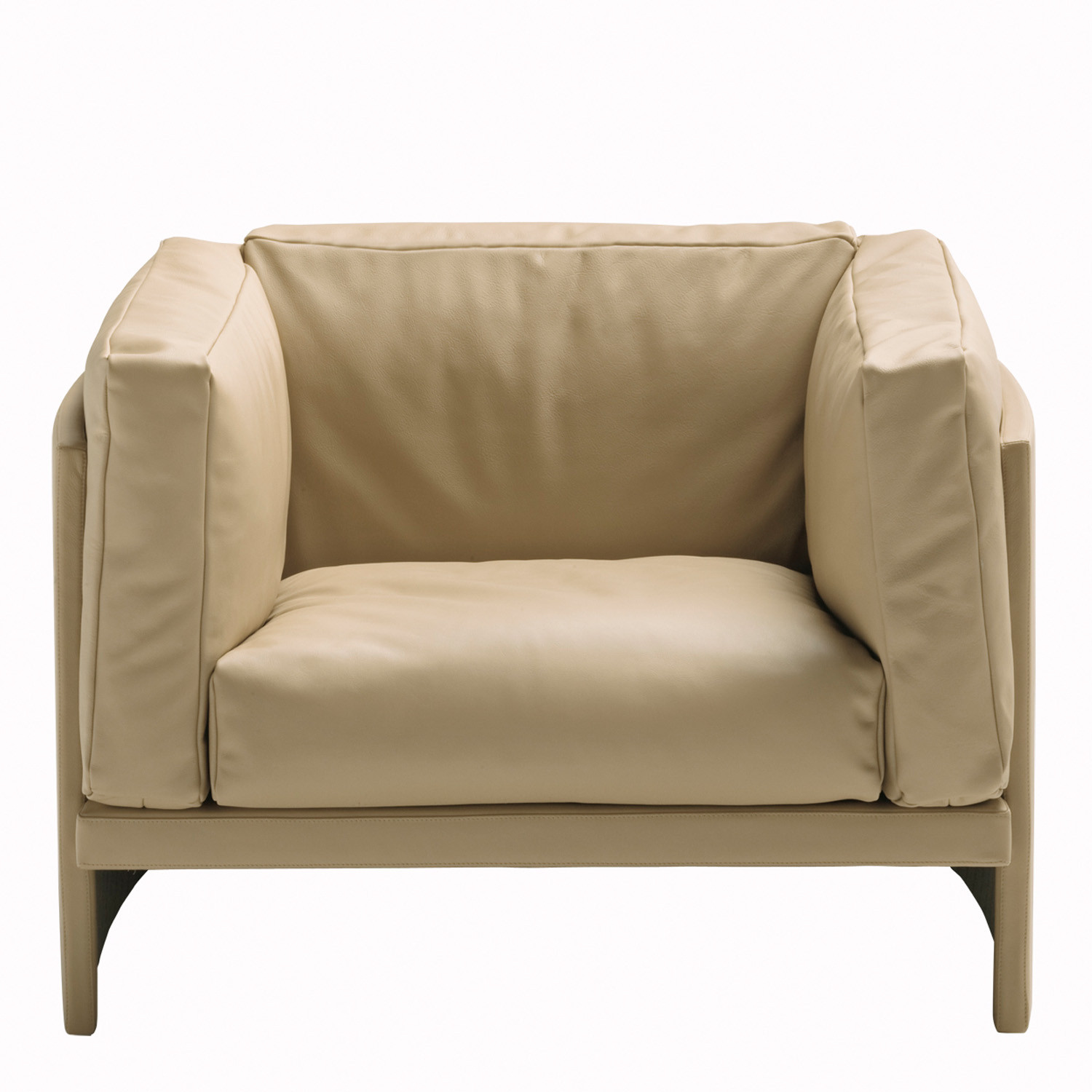 Polo Armchair front view