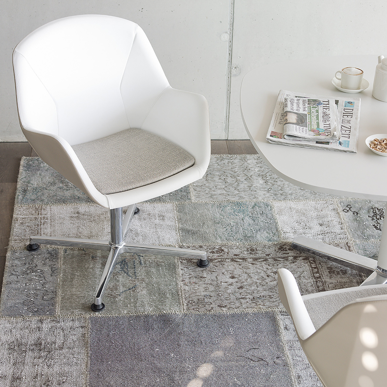 Pulse Conference Chair by Wiesner Hager