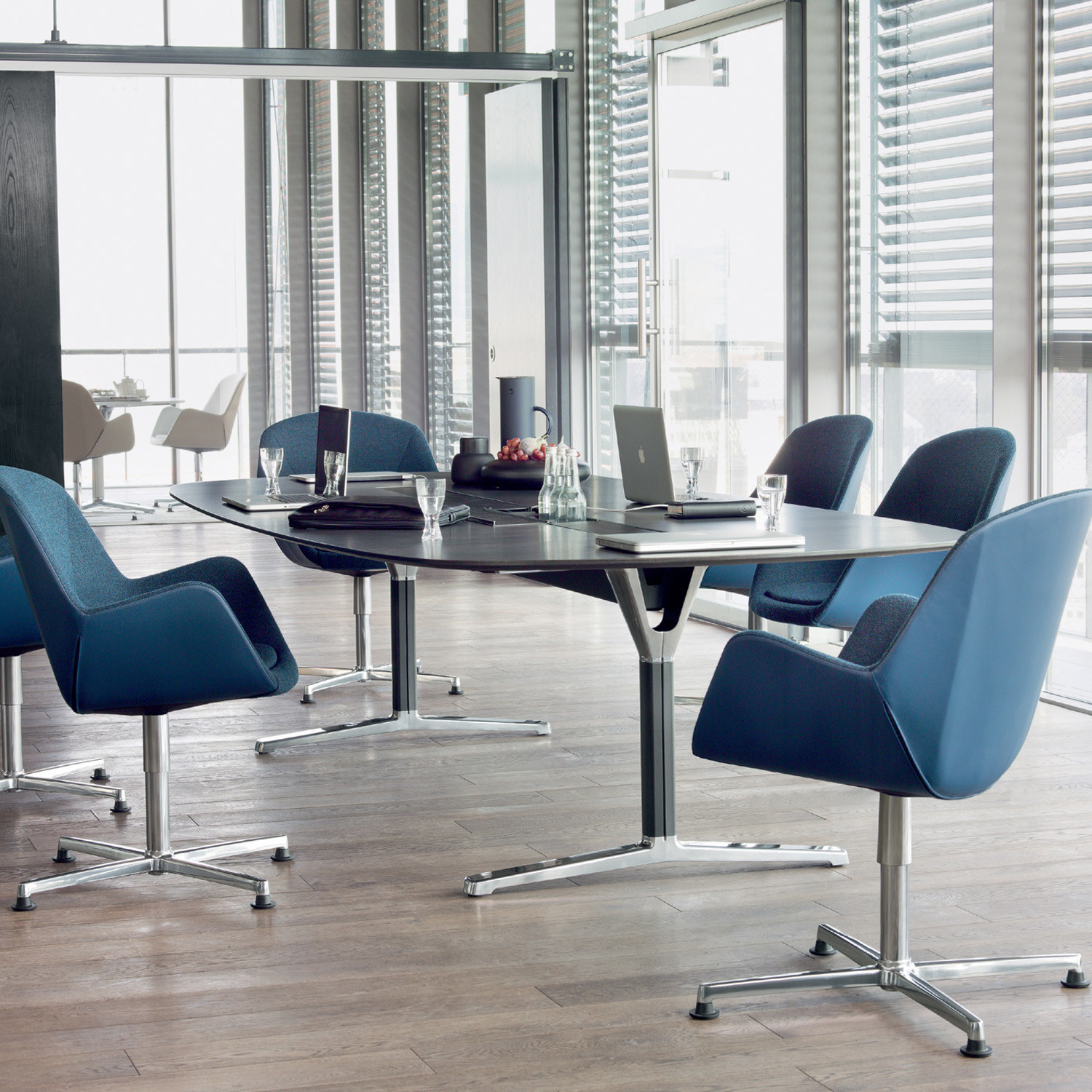 Pulse Meeting Chairs