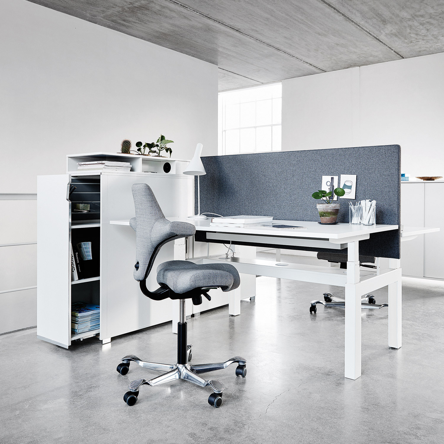 Q40 Electric Height Adjustable Desking System