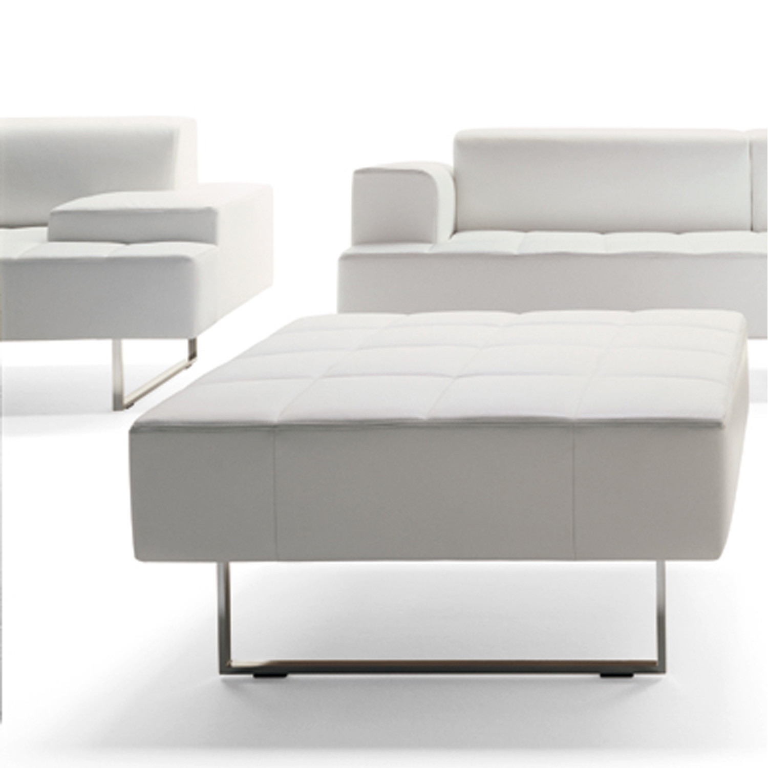 Quadra Sofas with pouf footrest