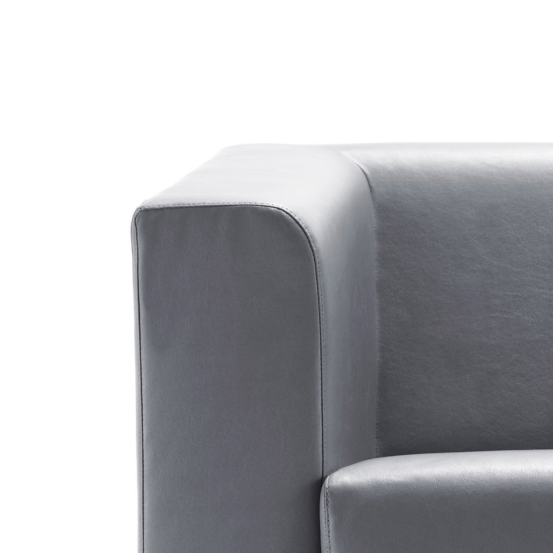 Quadric Armrest Detail
