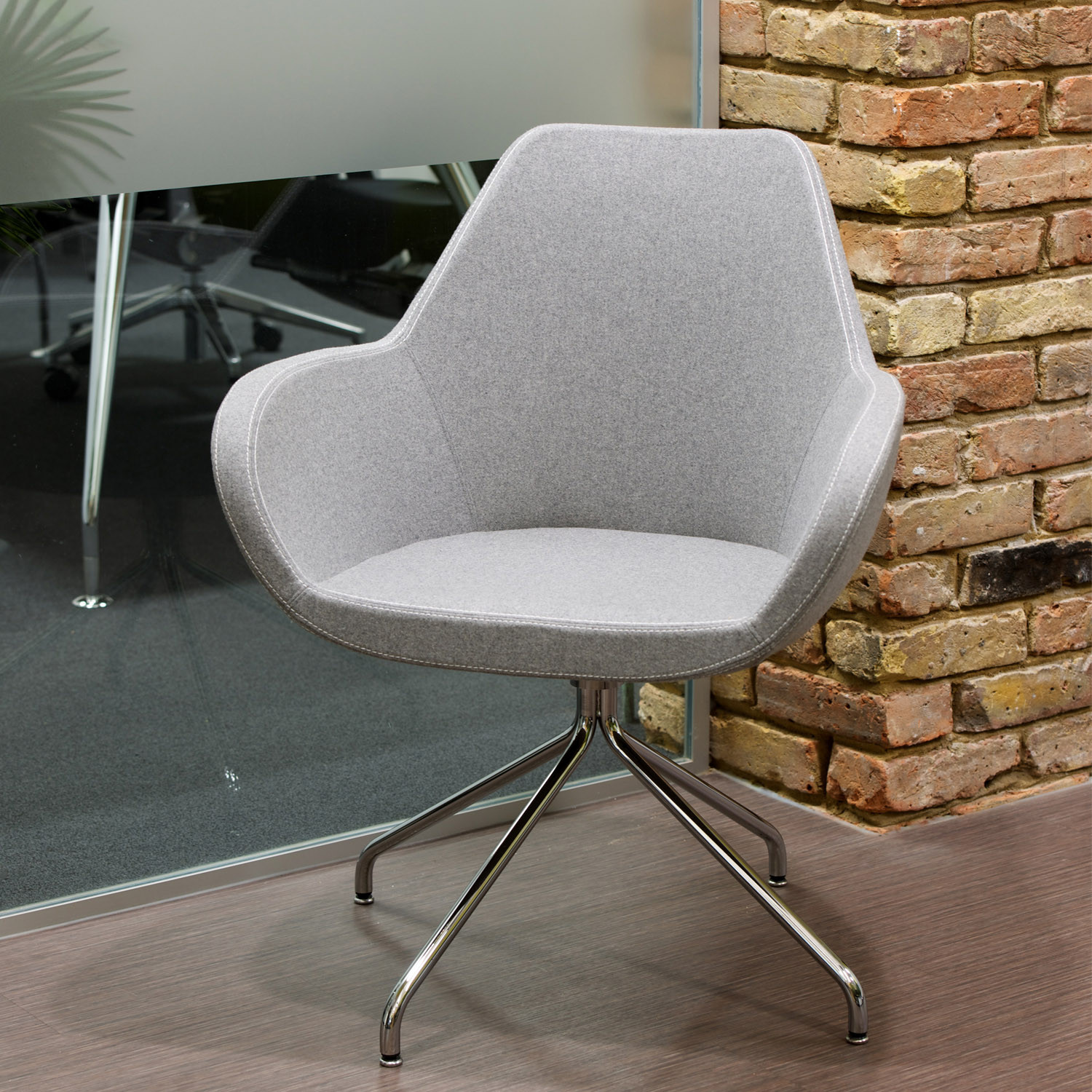 Reflex Meeting Chair from Spacestor