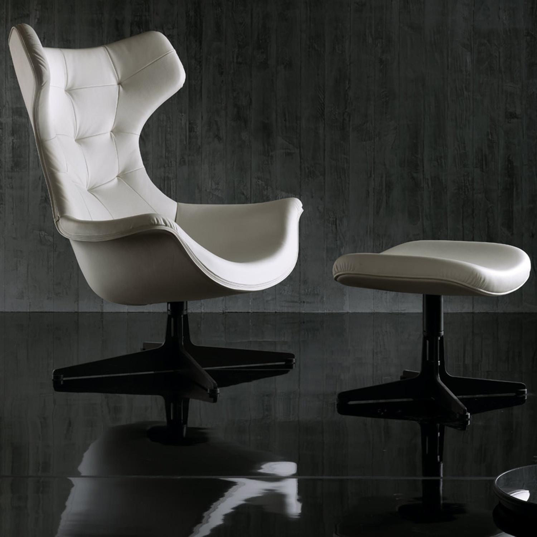 Regina II Designer Armchair with pouf