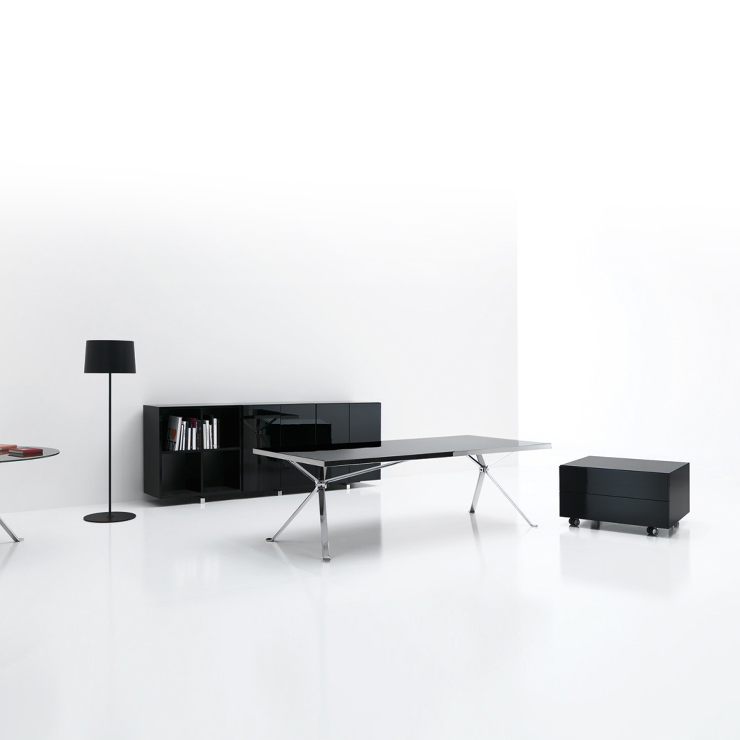 Manerba Revo Executive Desks