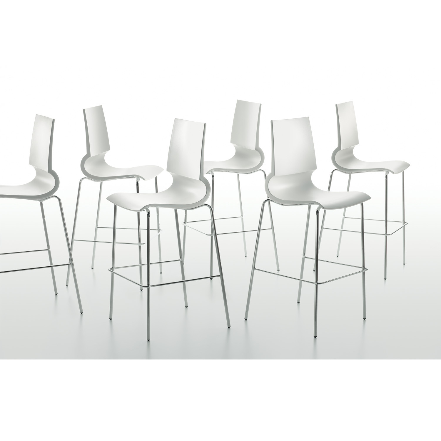 Ricciolina Bar Stools by MaxDesign