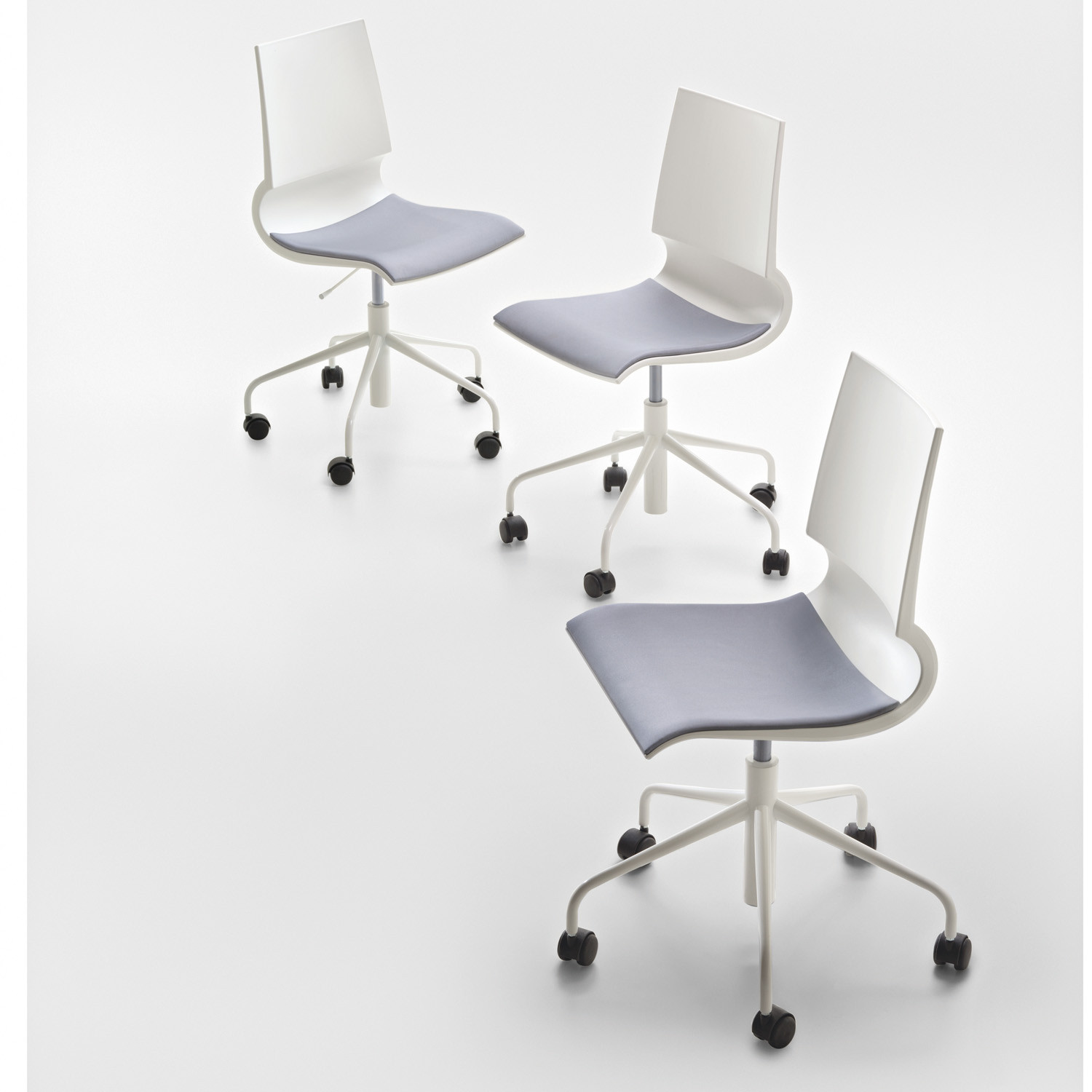 Ricciolina Castor Mounted Chairs