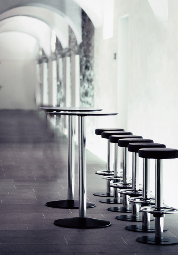 Riposo Bar Furniture