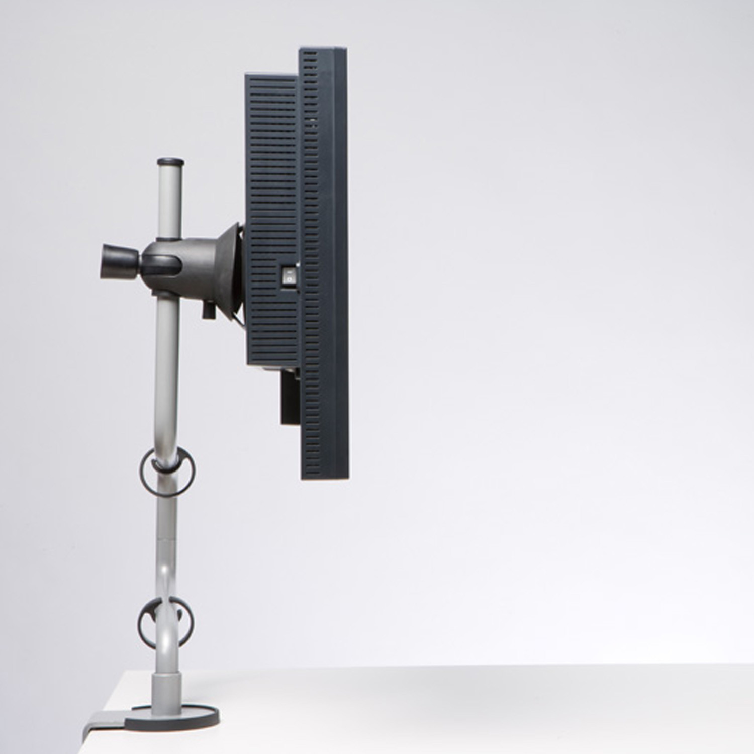 Rodney Monitor Arm by CBS