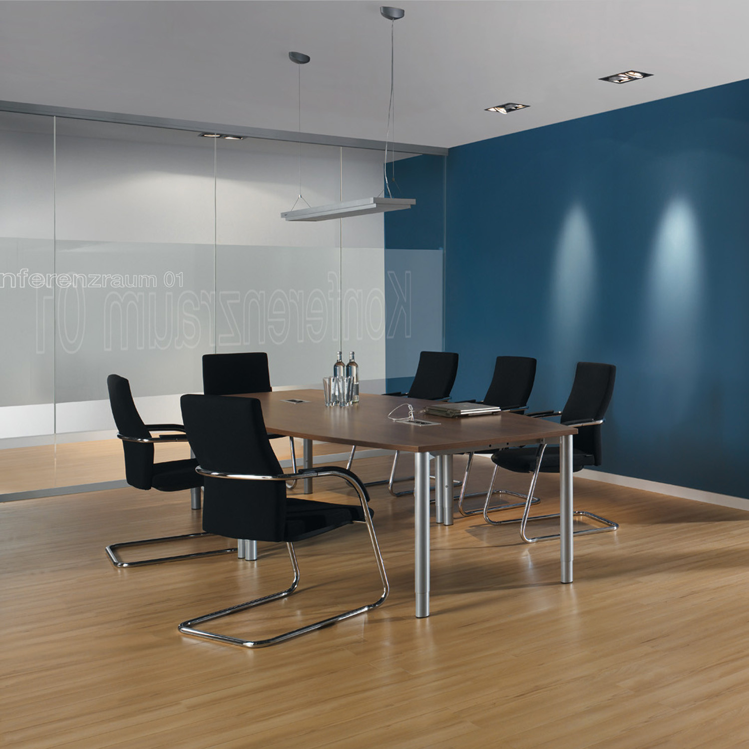 Rondana Meeting Tables from Assman