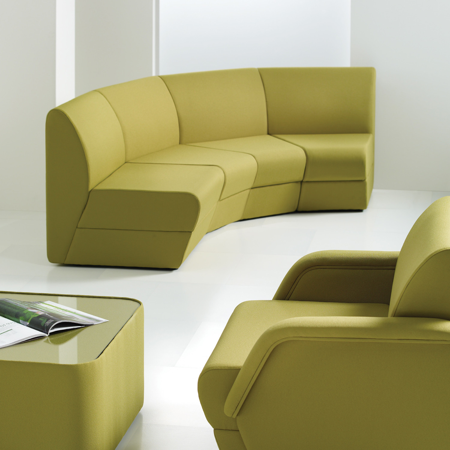 Series 9500 Soft Sofa