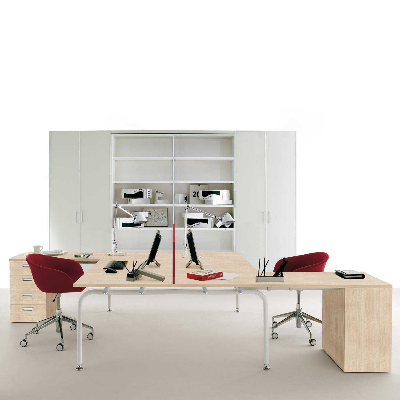 Shi Modular Desking System