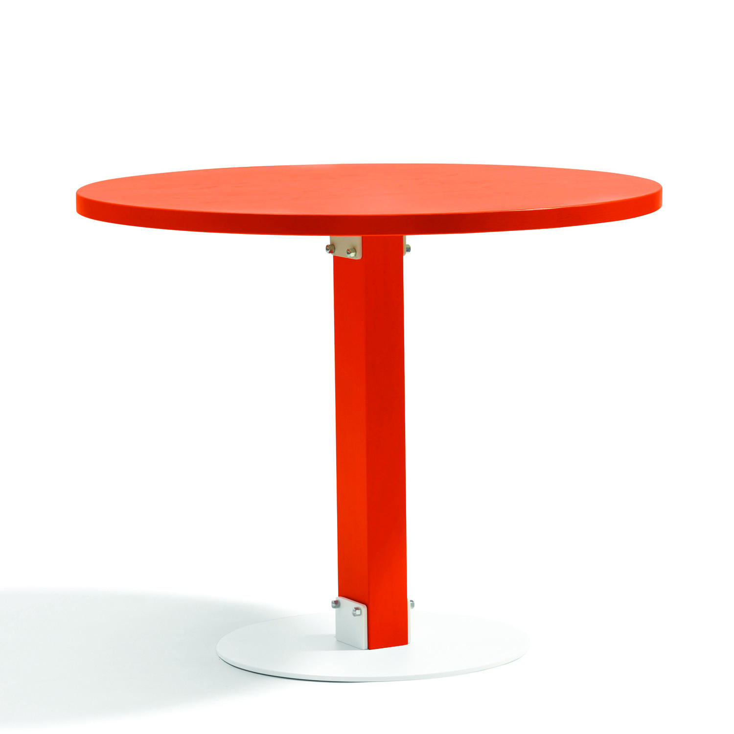 Size Round Table L901 by Bla Station