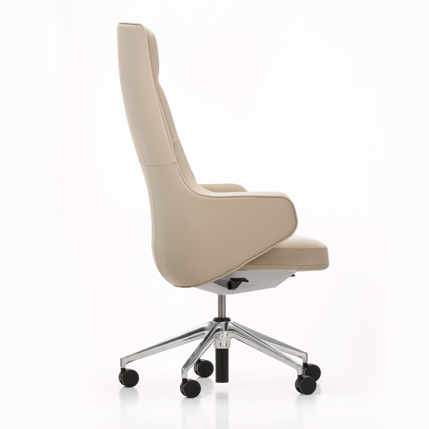 Skape Executive Office Armchair from Vitra
