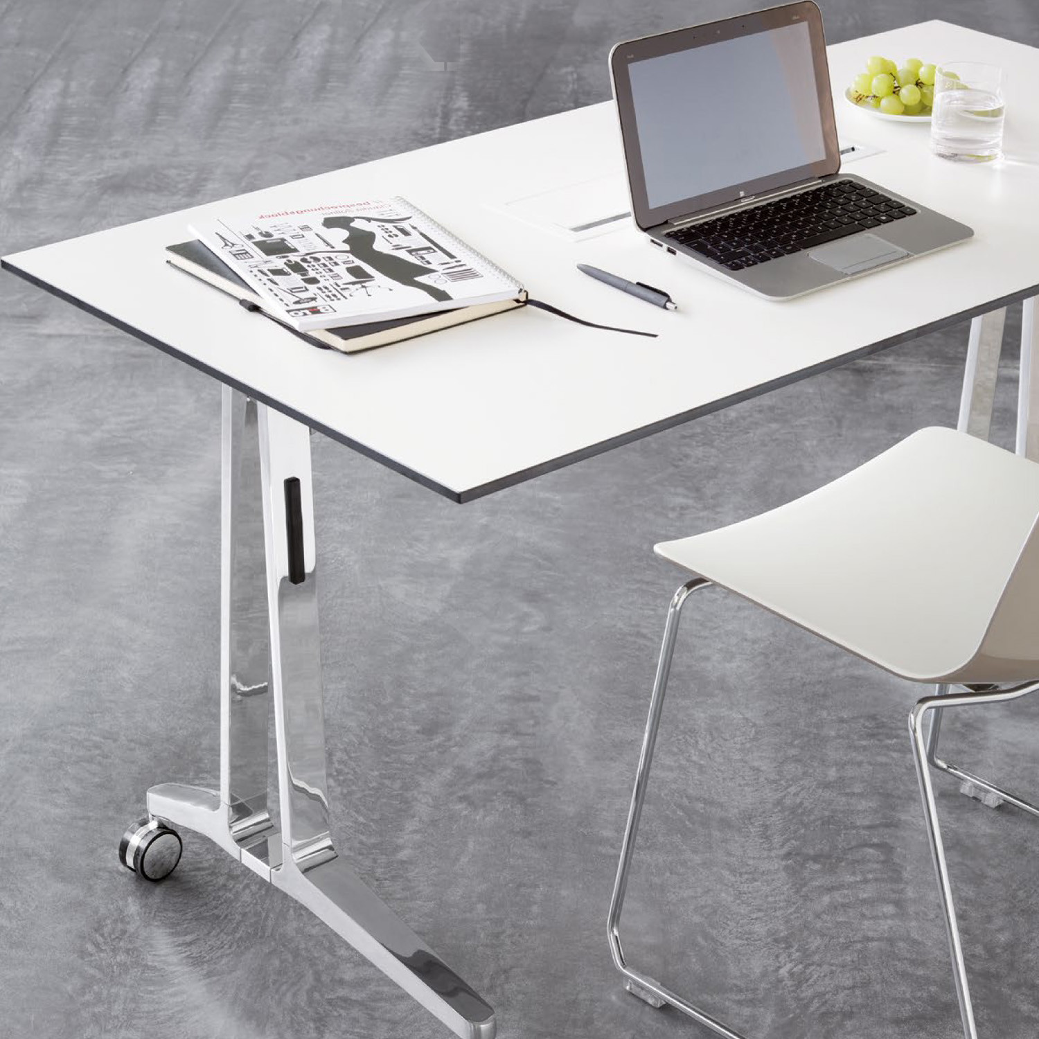 Skill Mobile Tables by Wiesner Hager