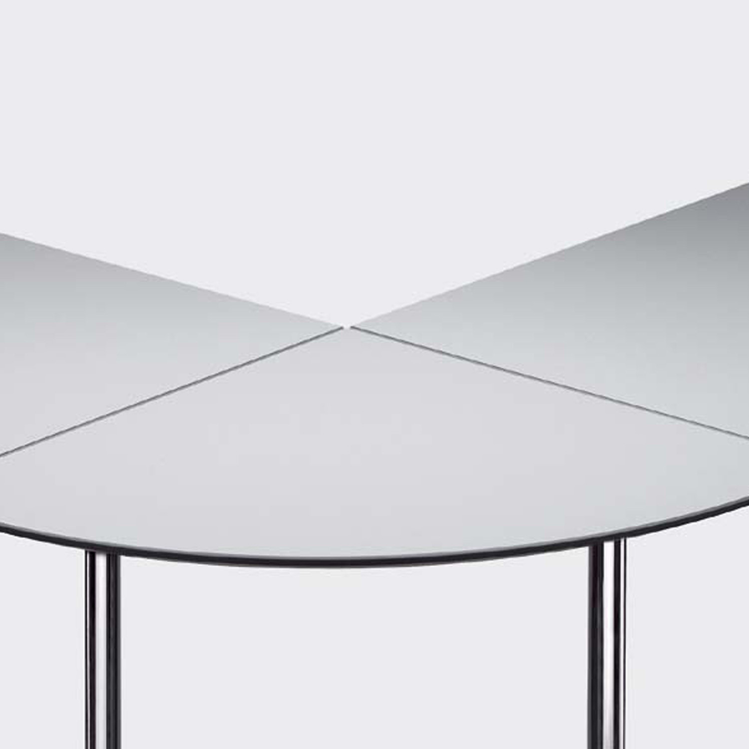 Sleight UltraLight Tables can be linked